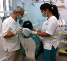 foto 225x300 e1510149865385 Progetto di assistenza odontoiatrica ai Migranti
