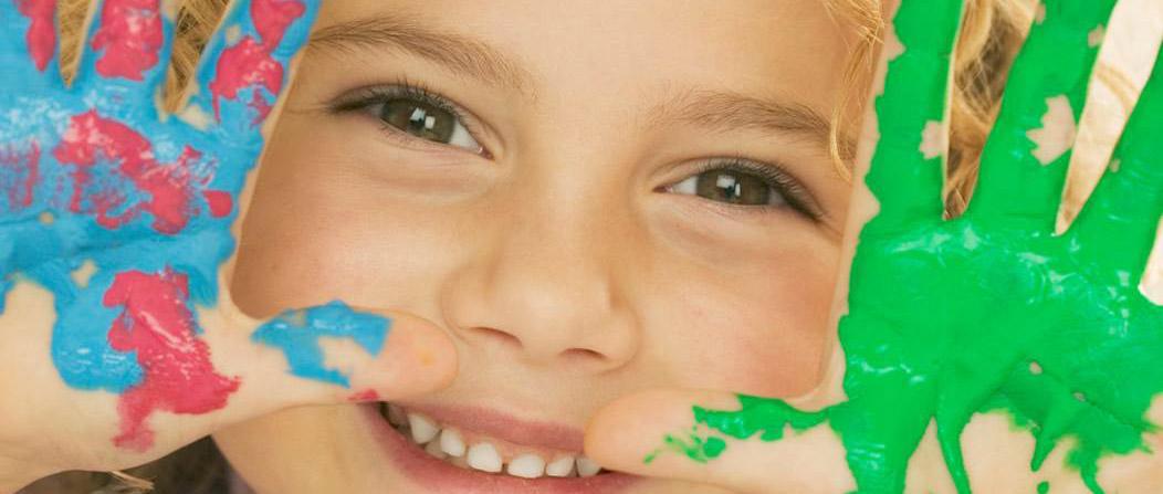 """socialee """"Adotta un sorriso di un bambino"""" ora a Catanzaro"""