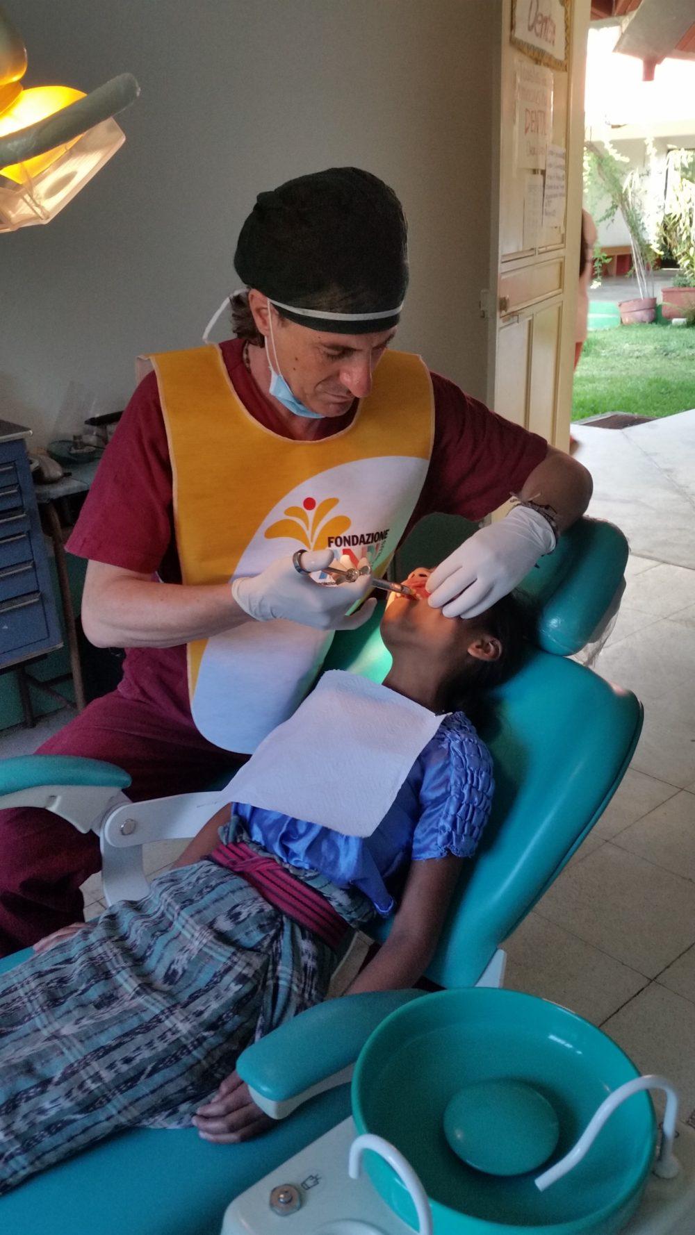 20160810 160247 e1475658207806 Un dentista tra la popolazione maya del Guatemala