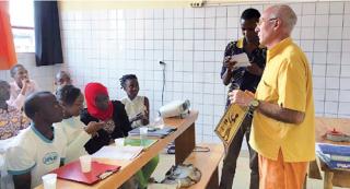 Smom onlus Avviso di selezione per l'assegnazione di n°1 incarico semestrale/annuale per un Odontoiatra presso l'ospedale di Ngozi in Burundi