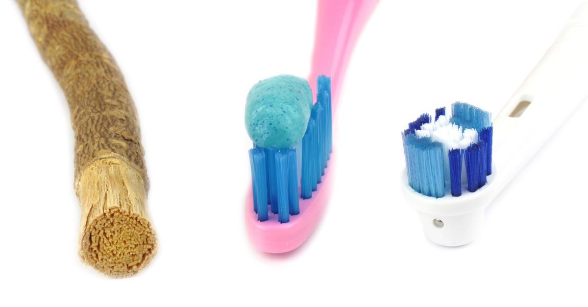 shutterstock 360152495 LINK La storia dello spazzolino da denti
